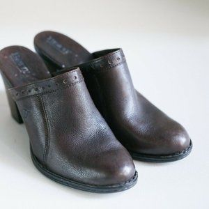 Born Dark Brown Leather Slides